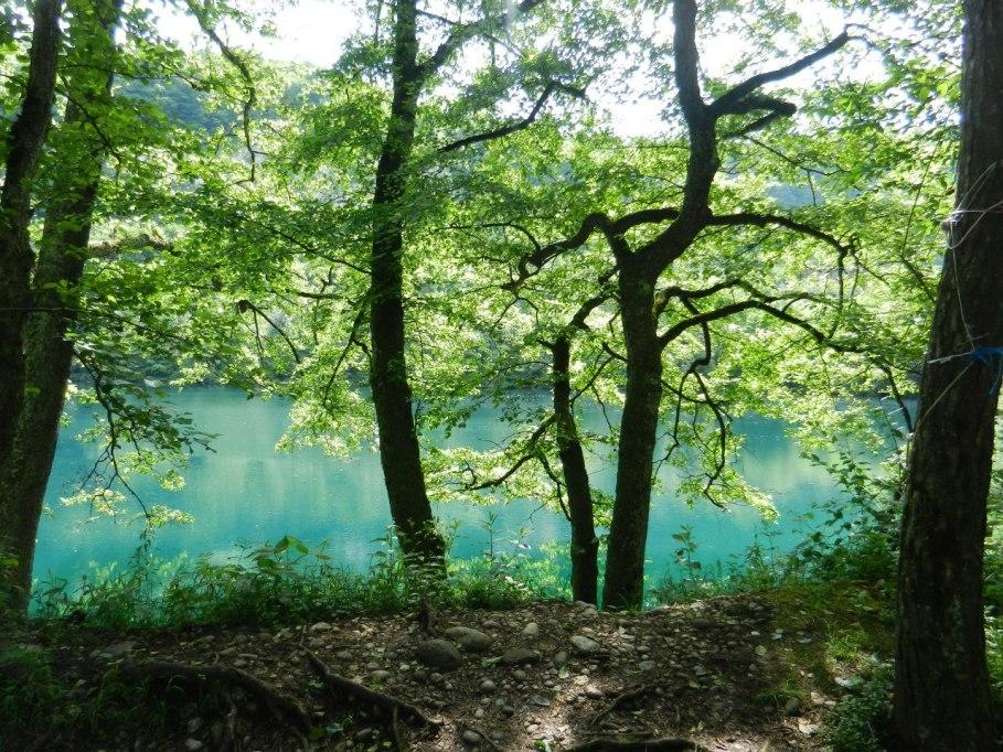 голубое озеро эльбрус