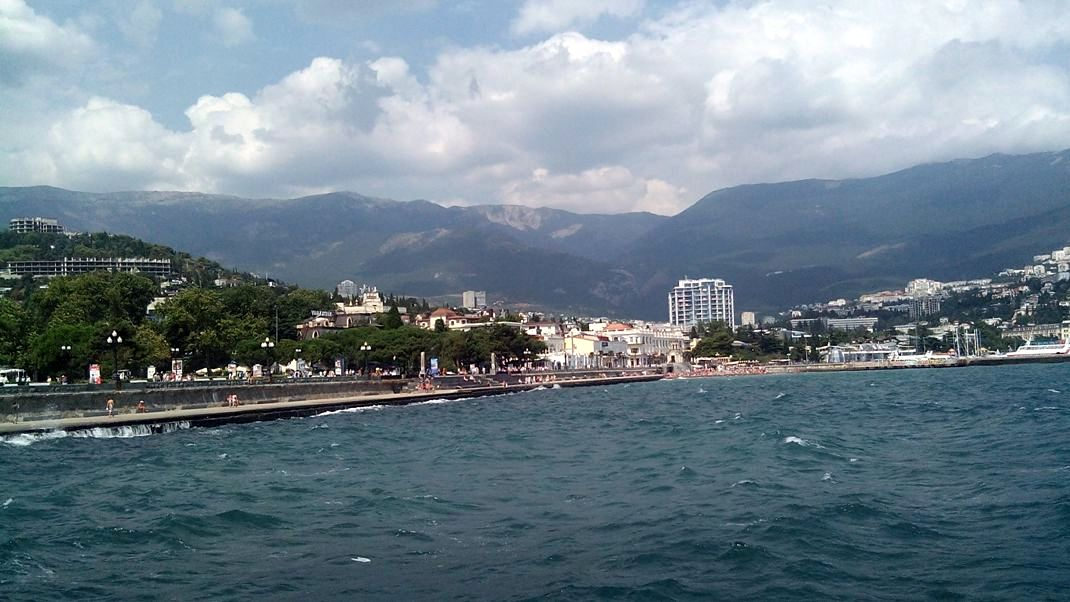 Крым Ялта со стороны моря