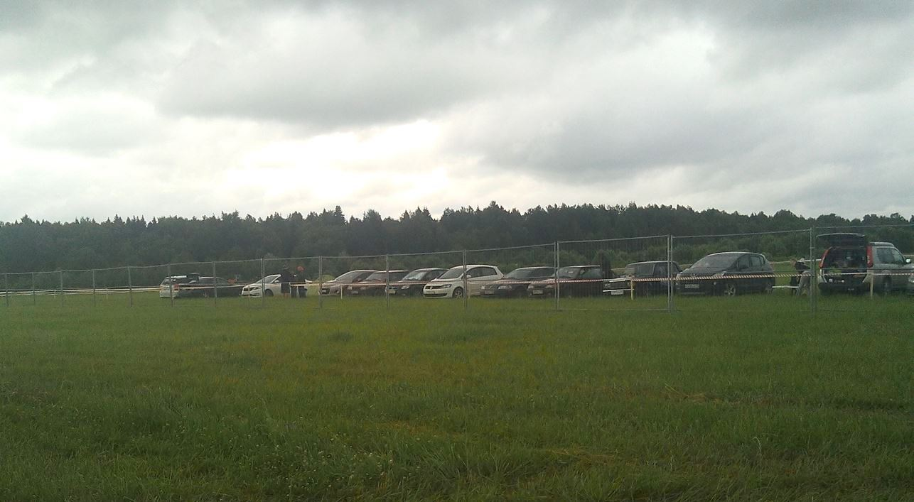 парковка на нашествии