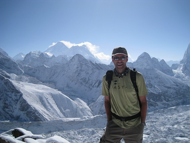 Йен Ашер в горах