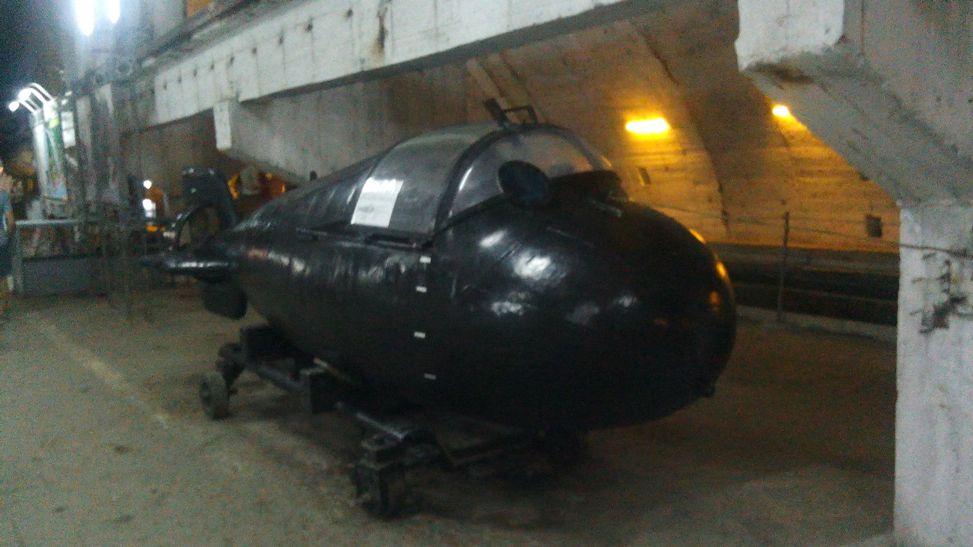 Миниатюрная подводная лодка для диверсантов