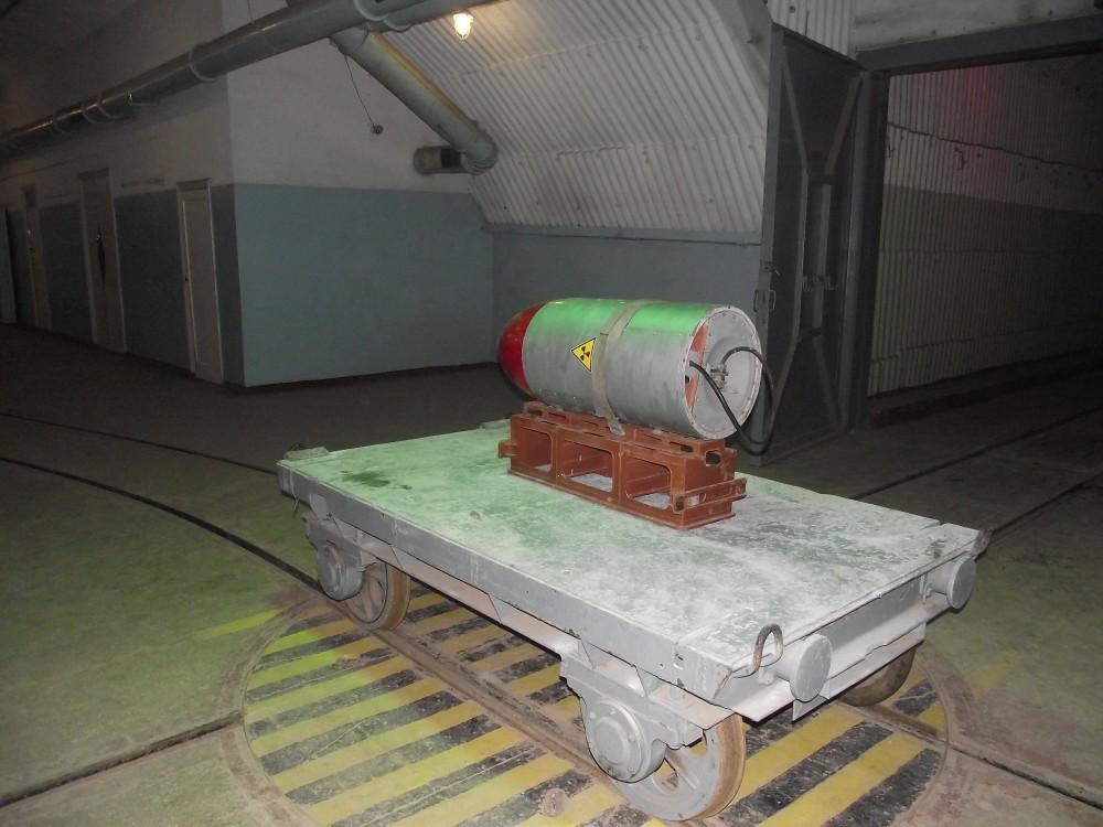 макет ядерной боеголовки