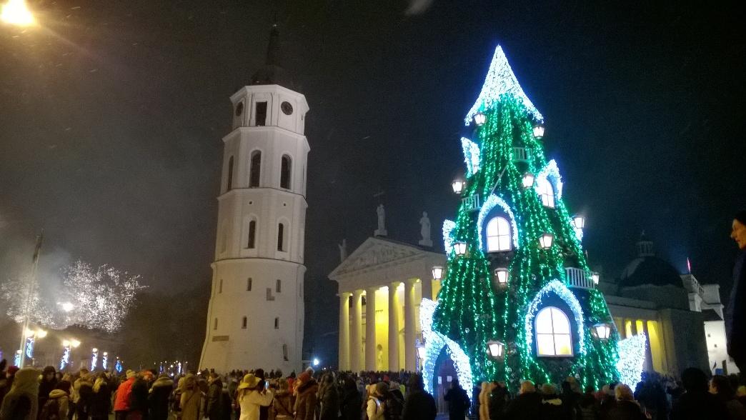 Главная новогодняя елка в Вильнюсе 2016