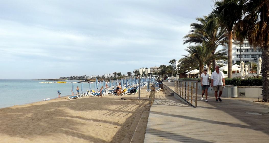 Пляж в городе Протарас