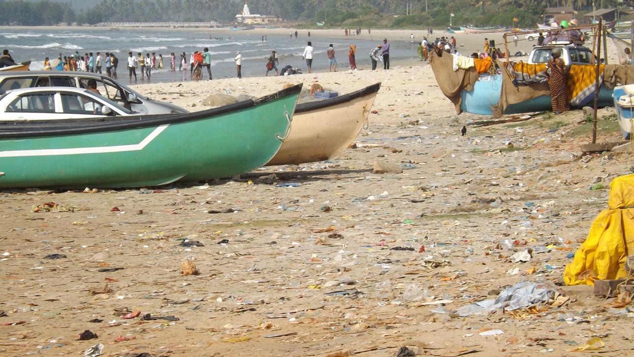 Грязные пляжи в Индии