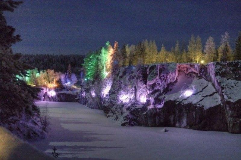 Мрамарный каьон в Карелии на новый год