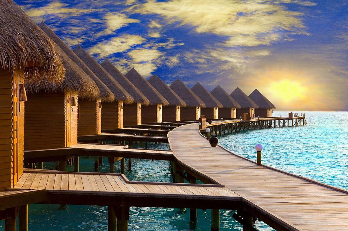 Домики на дорогих островах резортах