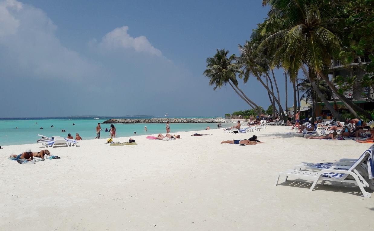 Bikini beach на Маафуши