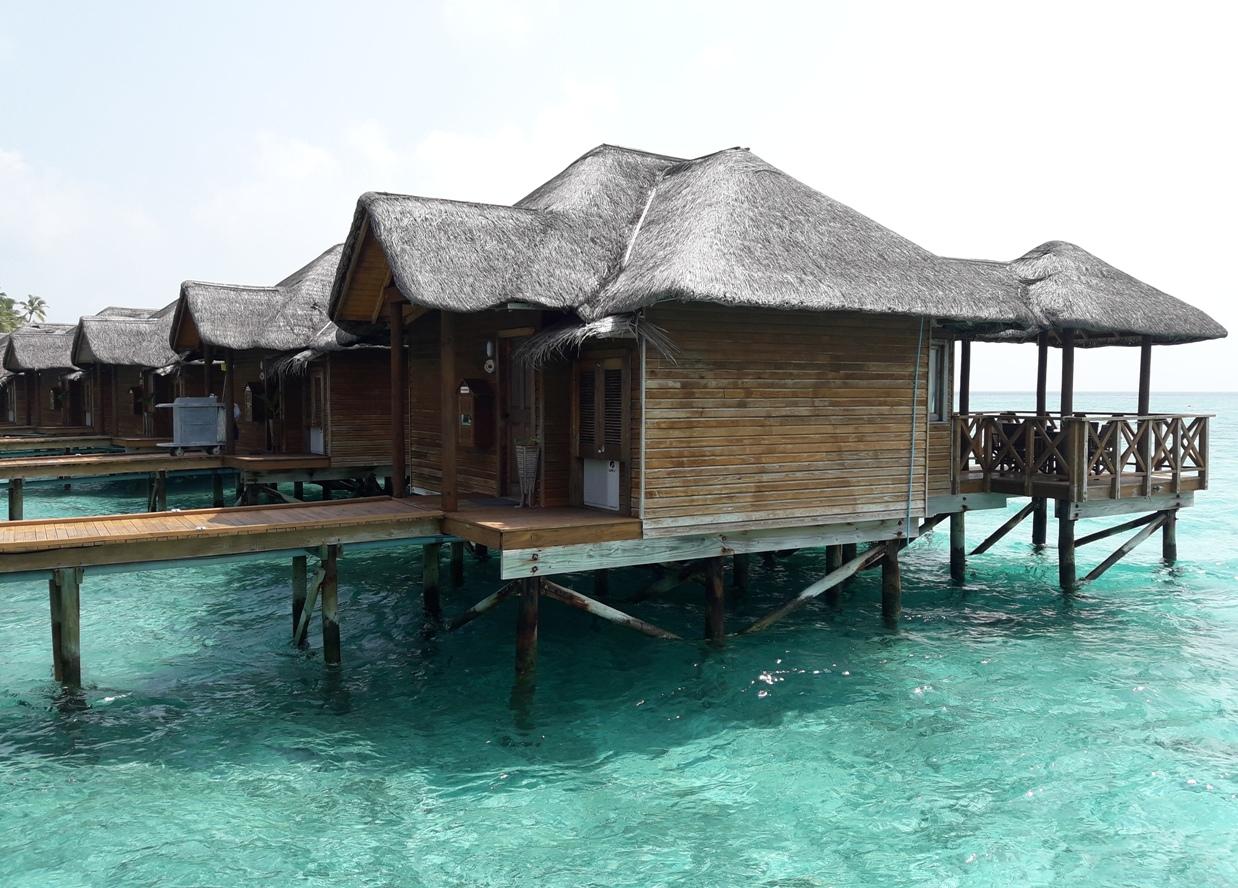 Домики на воде на Фихалхохи