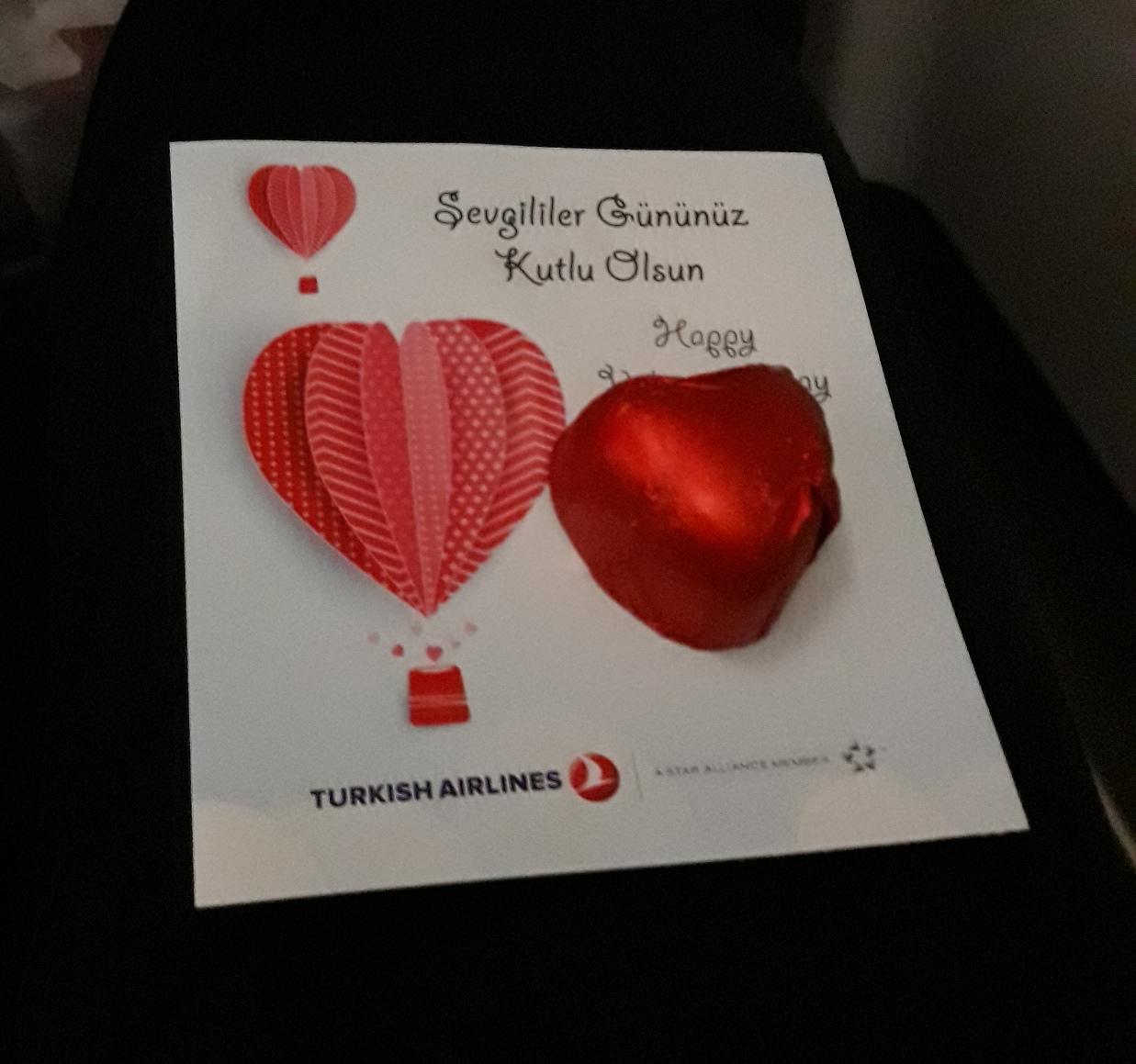 Валентинка от турецких авиалиний