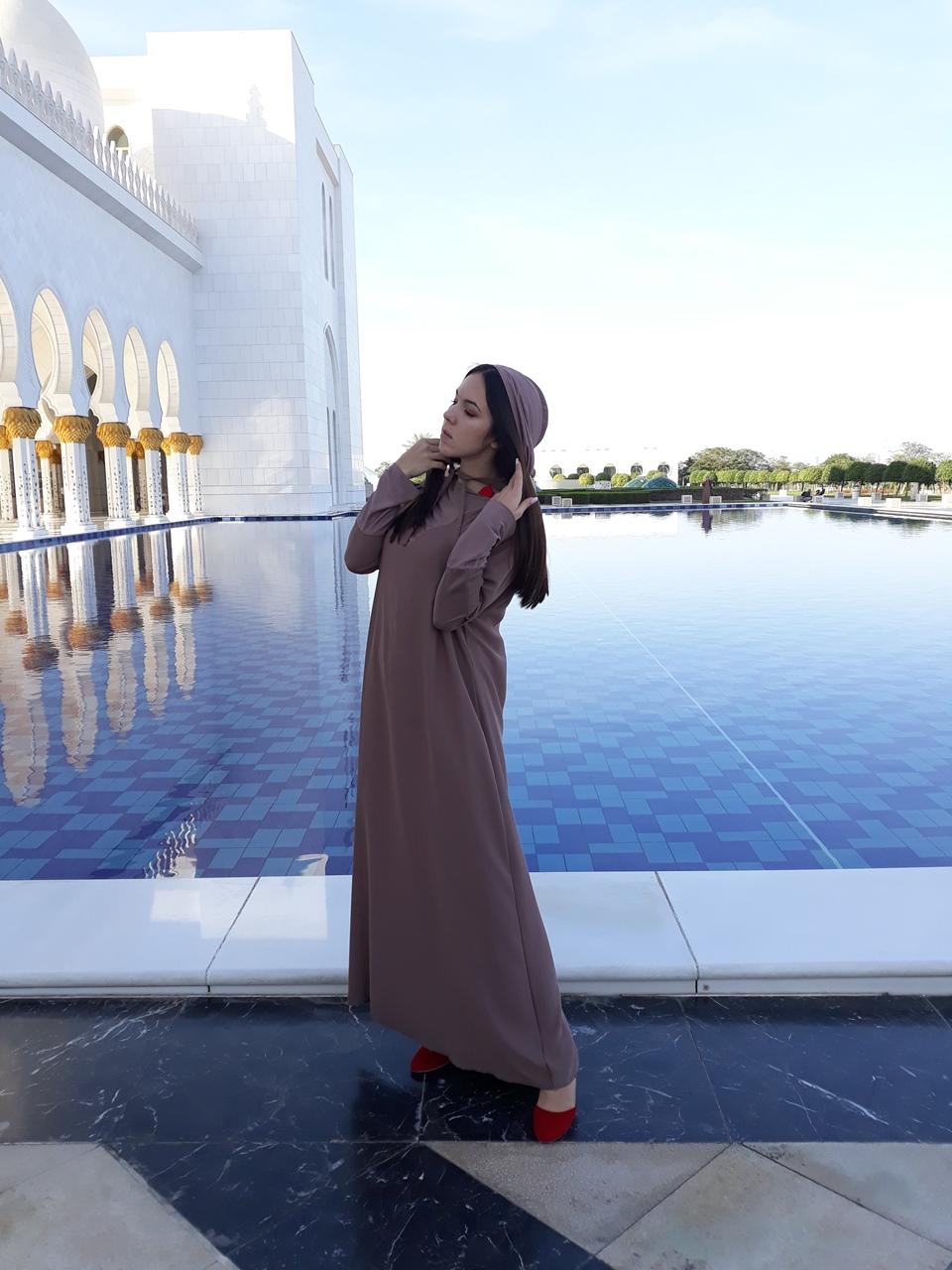 Женская одежда в мечеть шейха Зайда
